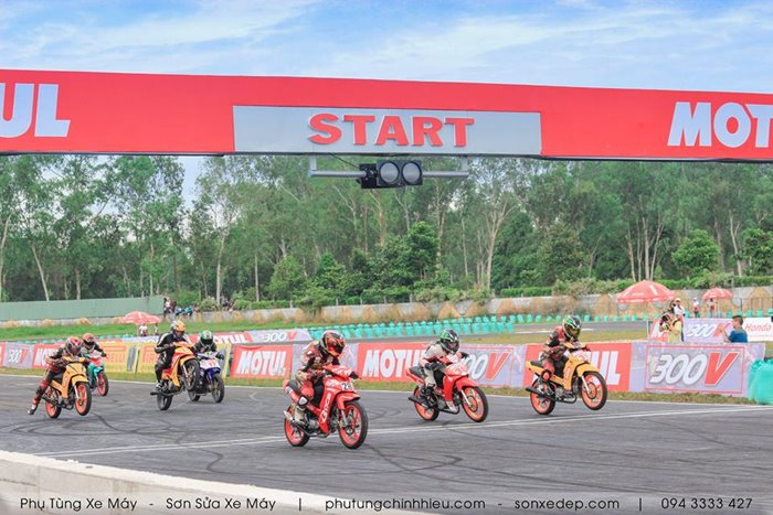 motul-racing-cup-2016-3.jpg